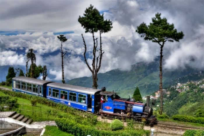 bahnreisen darjiling himalaische bahnlinie