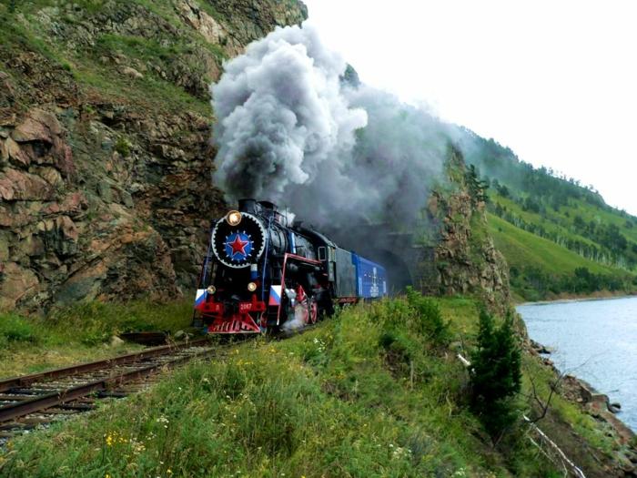 bahnreisen express romantisch reisen dampflokomotive transsibieren eisenbahn