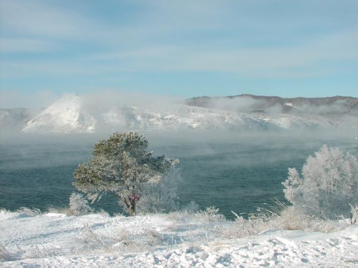 bahnreisen express romantisch reisen sibirien winter landschaft schnee