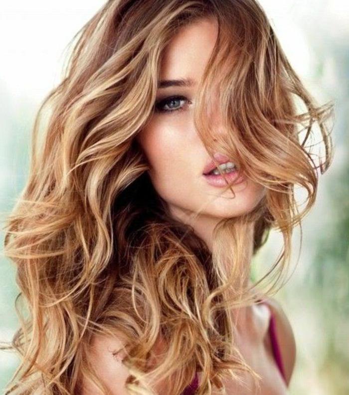 blondtöne braunnote damenfrisuren lifestyle