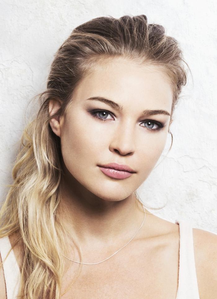 blondtöne langes haar glatt braun blond
