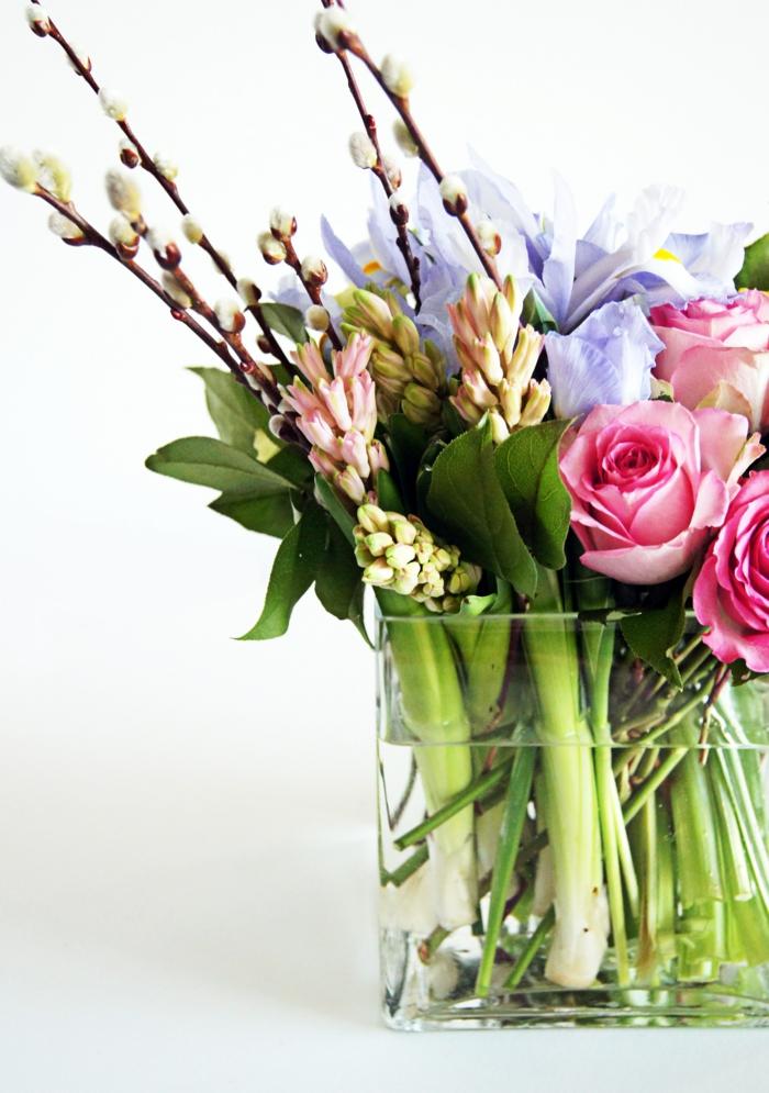 blumengestecke frühlingsblumen