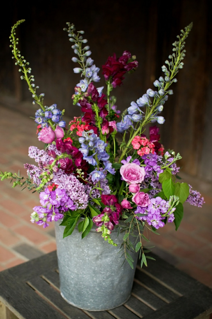 111 Spring Flower Arrangements For A Perfect Easter Atmosphere