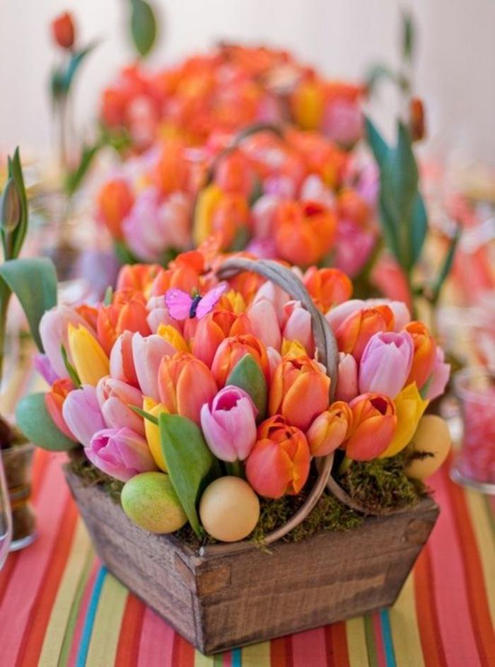blumengestecke begonien gesteck tulpen eimer