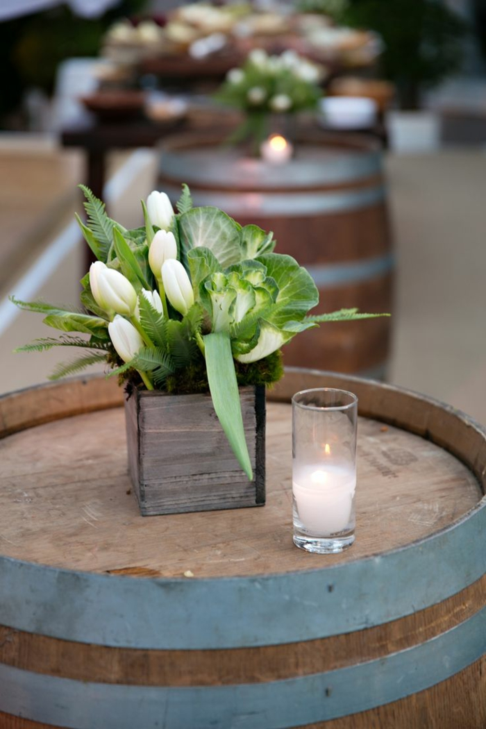 blumengestecke begonien gesteck tulpen ländlich