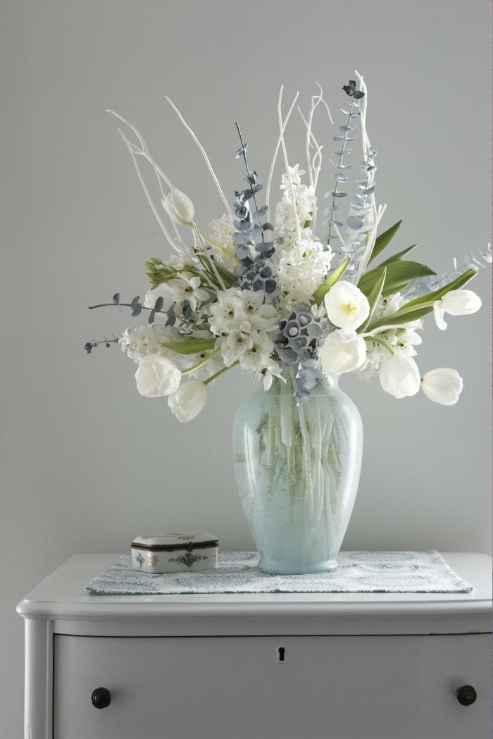tischdeko begonien violetta tulpe weiß