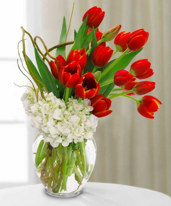 tischdeko begonien weiß tulpen exotisch