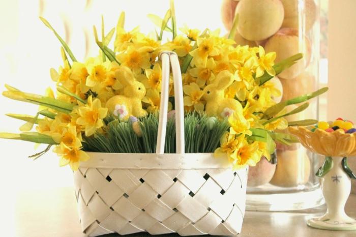 tischdeko bunt frisch exotisch gelbe narzissen