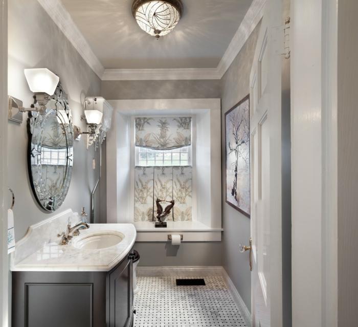 bodenbelag design badezimmer einrichten hellgraue wände wandspiegel wandleuchten
