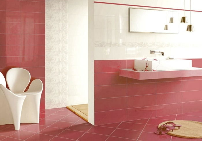 bodenbelag design badezimmer keramik farbig weiße akzente badezimmergestaltung
