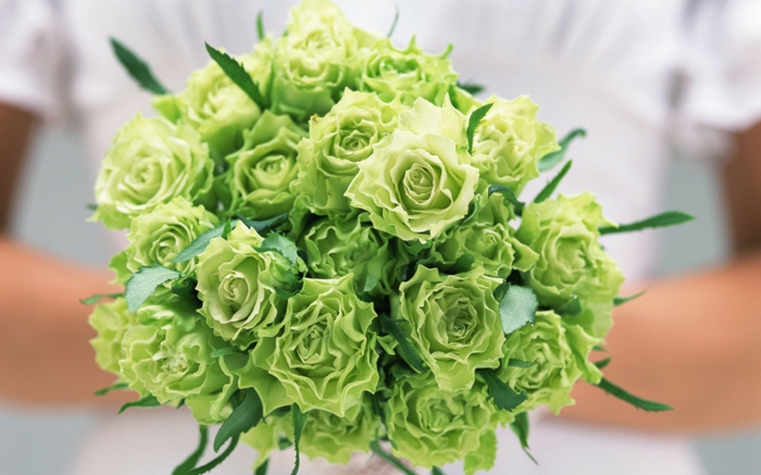 brautstrauss grüne rosen hochzeit