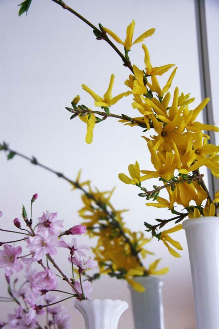 dekoideen frühling frühlingsblumen farbige tischdeko