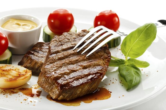 fleisch gesund tipps richtig essen inhaltsstoffe