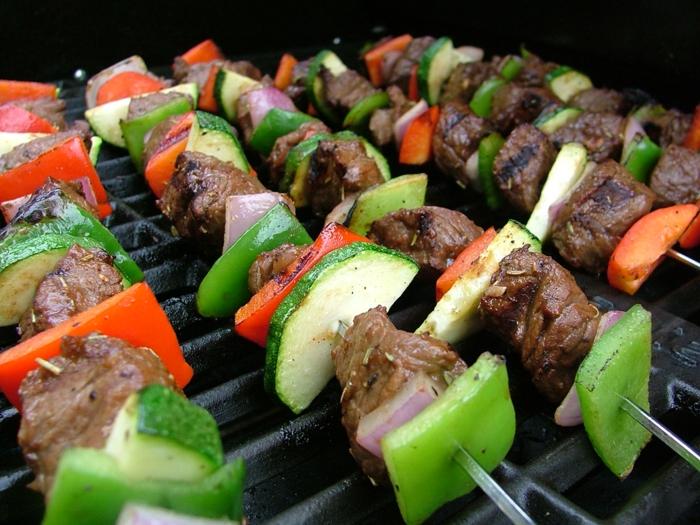 fleisch gesund zu mittag essen fleischspieß