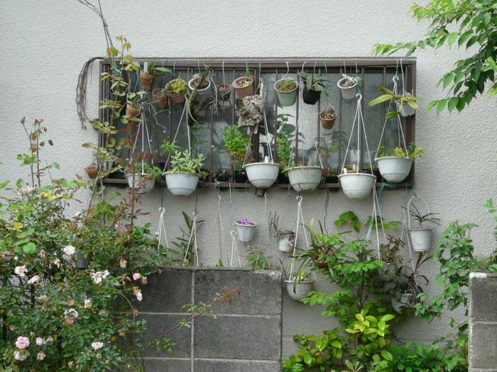 gartenideen gartendeko blumentöpfe hängend gartenpflanzen