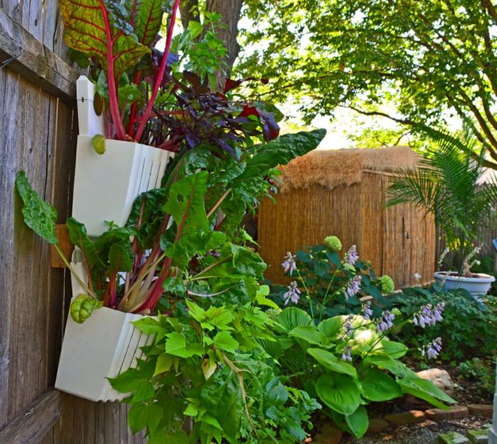 gartenplanung gartengestaltung ideen pflanzen pflanzenbehälter gartenzaun