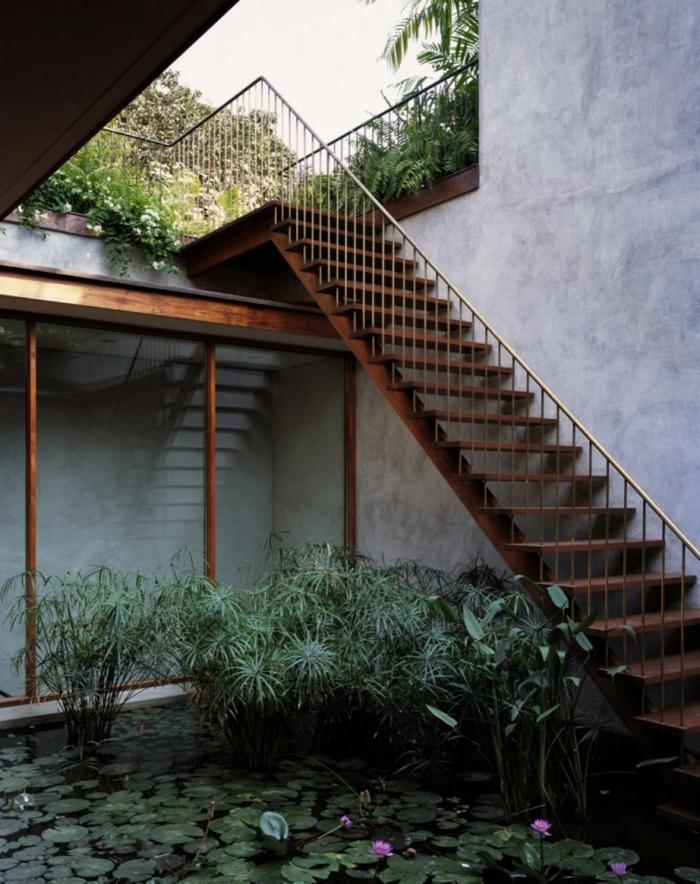 aussentreppe kräuter hohe treppe