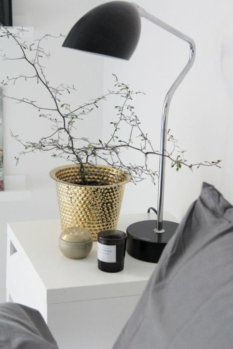 goldfarbene skandinavische Wohnaccessoires Übertopf Zimmerpflanzen