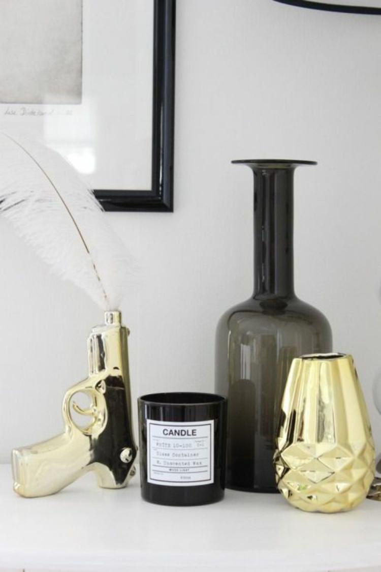 goldfarbene skandinavische Wohnaccessoires Dekoartikel Vase