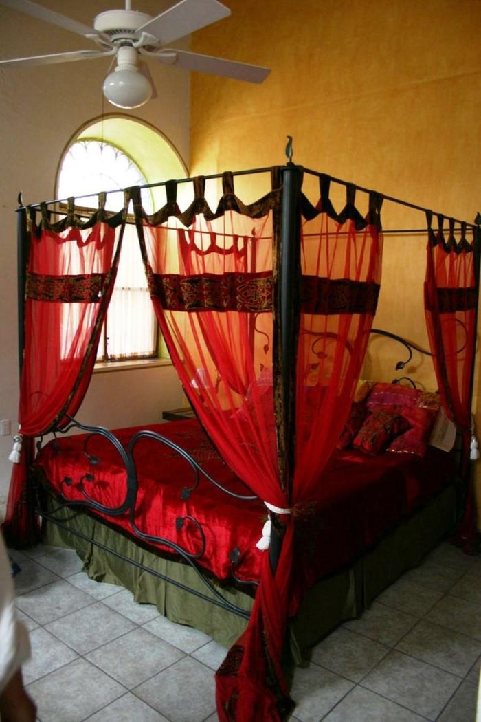 Himmelbett Vorhang Kinderzimmer : himmelbett Vorhang himmelbette raumtrenner rot