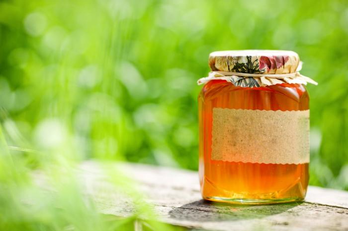 honig im KOpf gesund honigpott honiglöffel goldwert