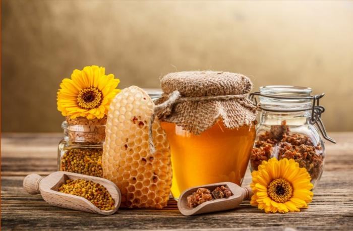 honig gesund honigpott honiglöffel goldwert löffel deko