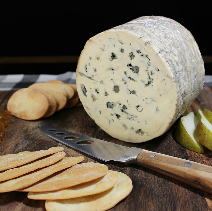käse kaufen Fourme d'Ambert schimmelkäse