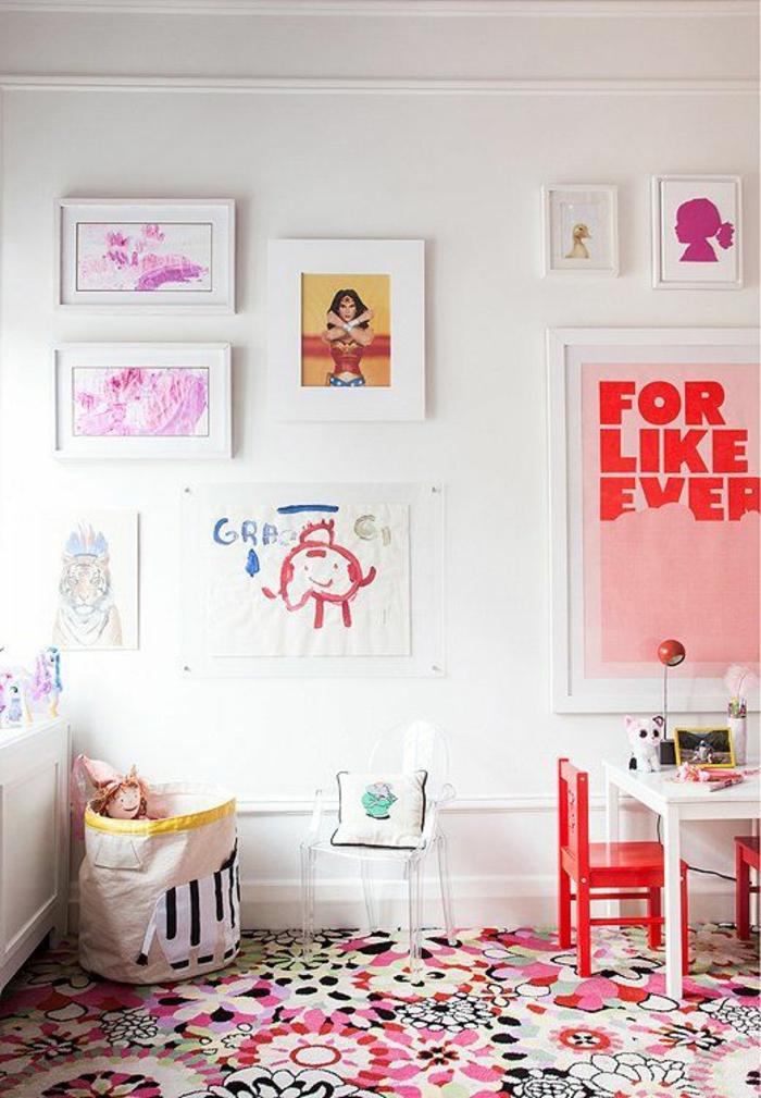 kinderzimmer teppich farbig florale elemente mädchenzimmer gestalten