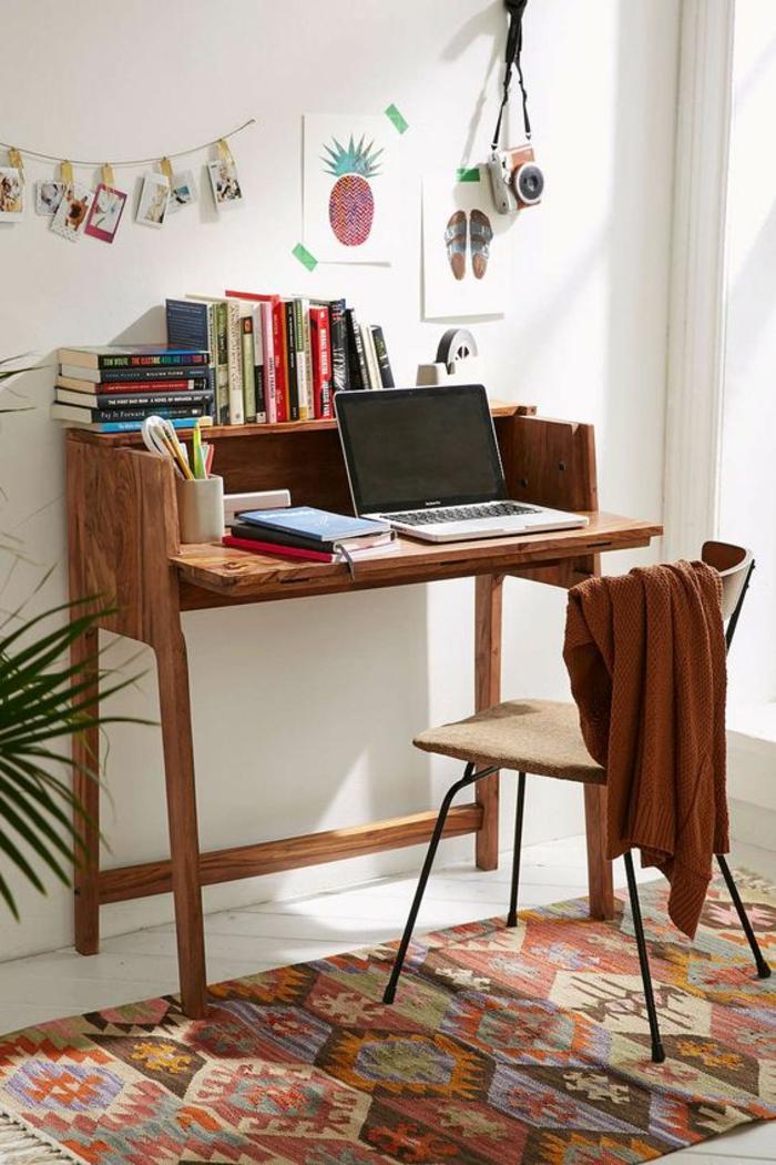klappbarer Schreibtisch kleines Home Office einrichten Büromöbel Laptoptisch