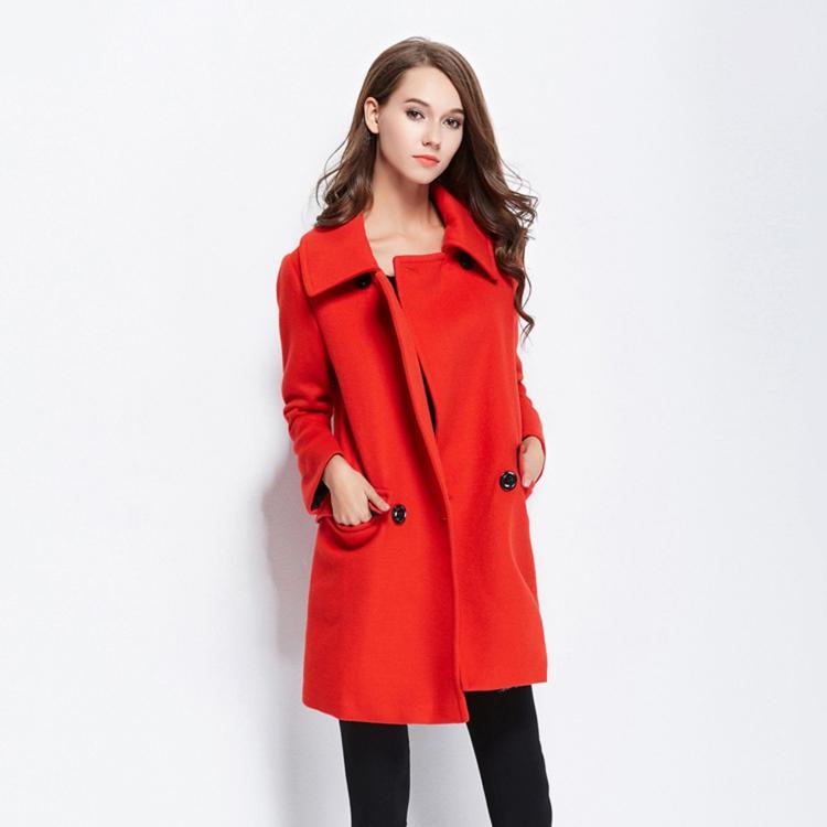 moderne Damenmäntel aktuelle Trendfarben Rot