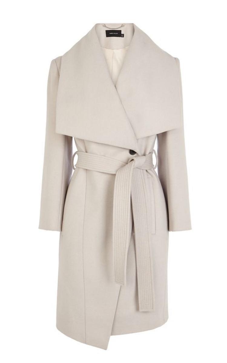 moderne Damenmantel aktuelle Trendfarben weiß Damenmantel mit Gürtel