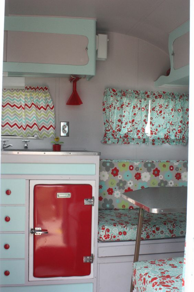 mini Kühlschrank retro rot Küchenideen Küchengeräte