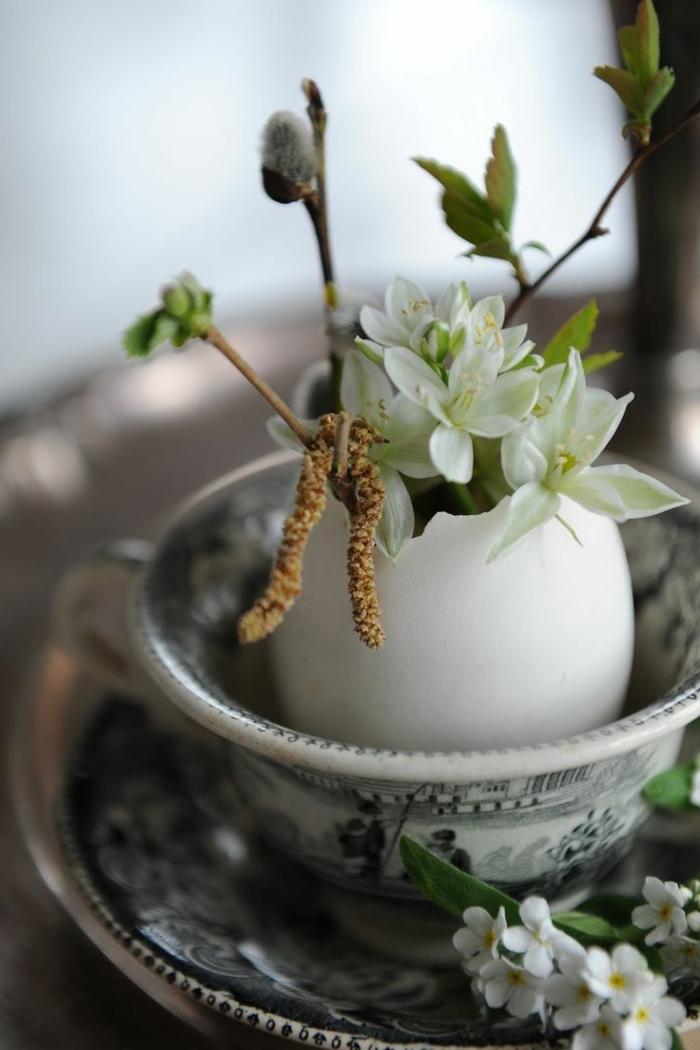 osterdeko basteln dekovase eierschale blumen