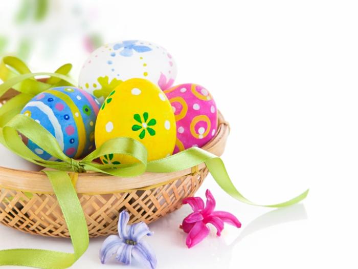ostereier bemalen aquarellfarben eier dekorieren basteln mit kindern