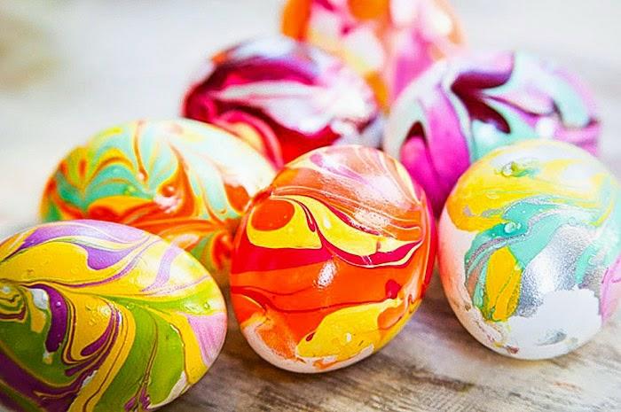 ostereier bemalen aquarellfarben eier dekorieren nagellack technik