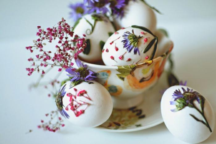 ostereier bemalen basteln mit kindern frühlingsblumen