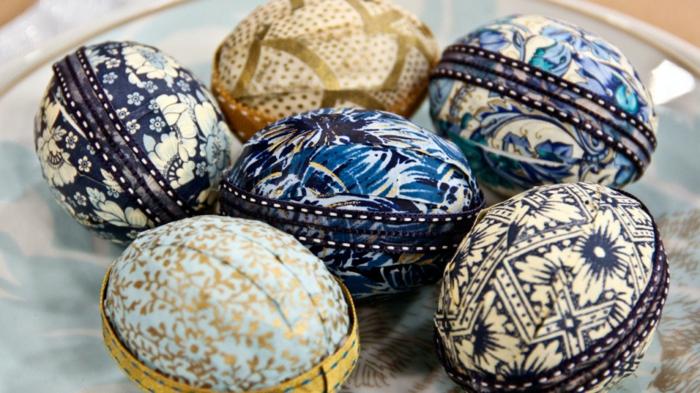 ostereier bemalen eier dekorieren blau weiß