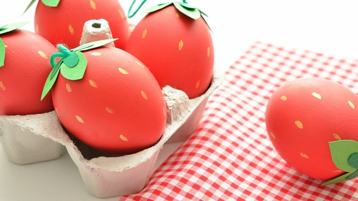 ostereier bemalen erdbeeren rot grünes papier osterdeko selber machen