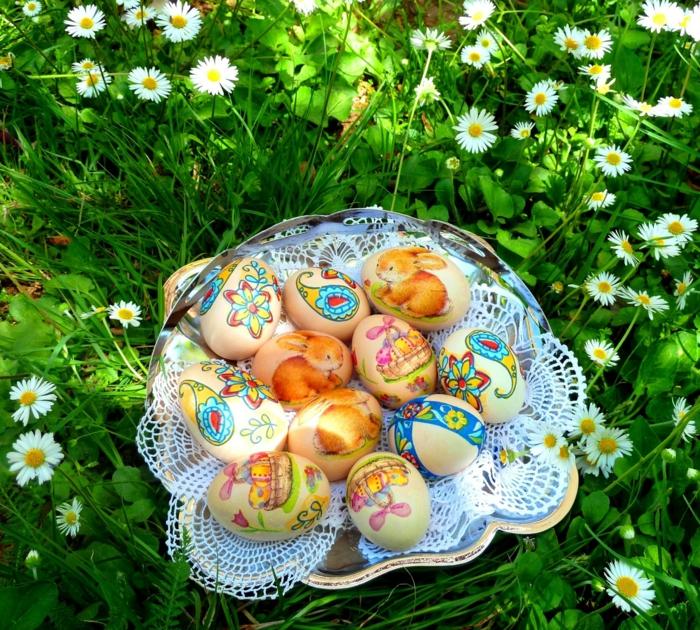 ostereier dekorieren basteln mit kindern osterhasen aufkläber