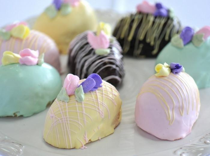 osterkuchen mini kuchen backen farbige osterhasen