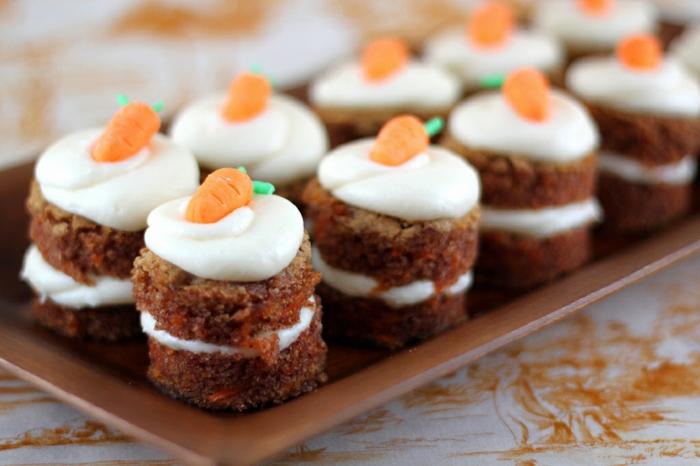 osterkuchen muffins möhren festliche tischdeko