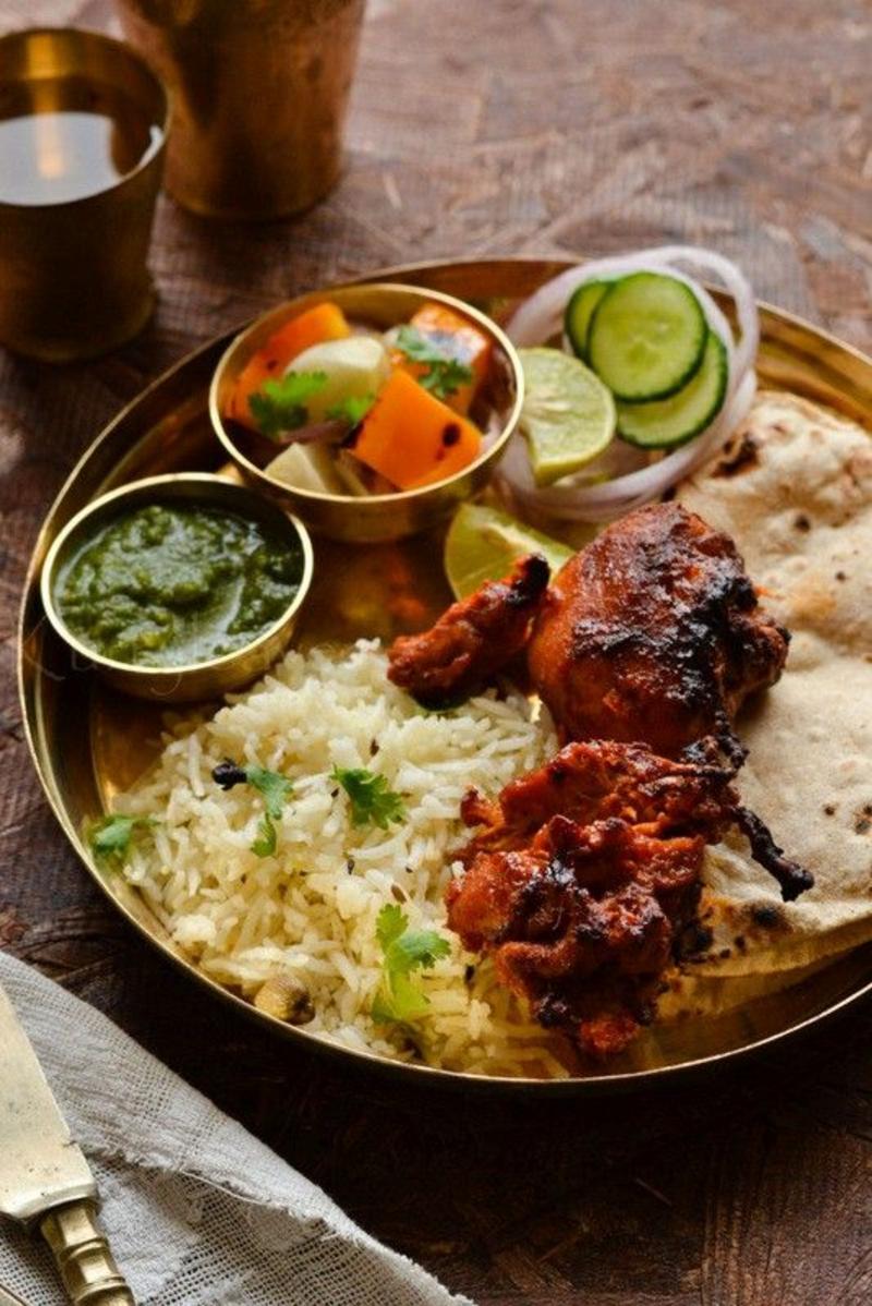 pakistanische Küche typische Gerichte Hähnchen Tikka