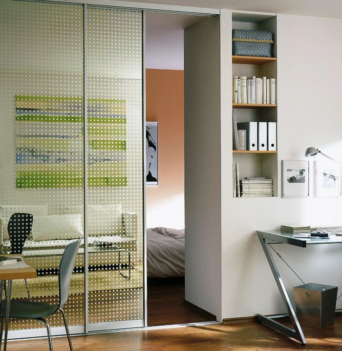 raumgestaltung raumtrenner schiebetüren glastüren home office schlafzimmer