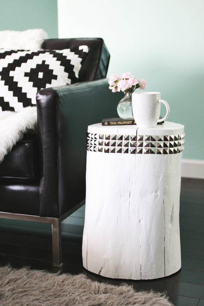 recycling möbel beistelltisch baumstumpf weiß färben wohnideen