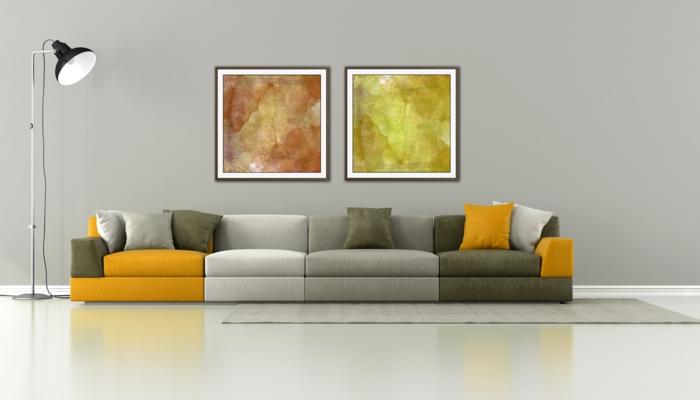 reduziertes wohnen minimalistische einrichtung designer sofa stehlampe industrie look wanddekoration moderne kunst