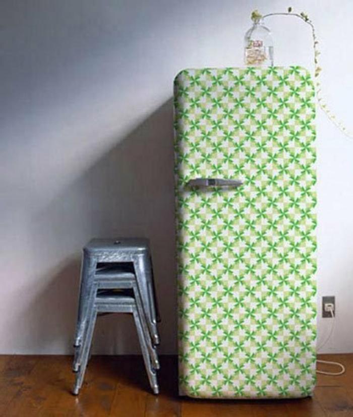 retro kühlschrank geometrische muster grün weiß
