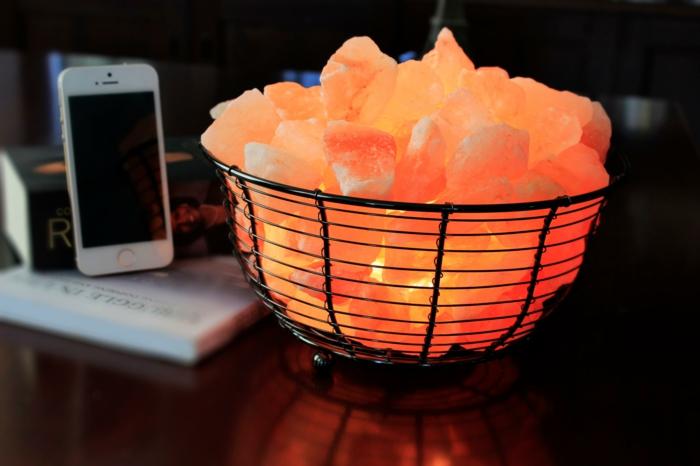 salzkristalllampe himalaya salz gesunde wirkung handy magnetische strahlung neutralisieren