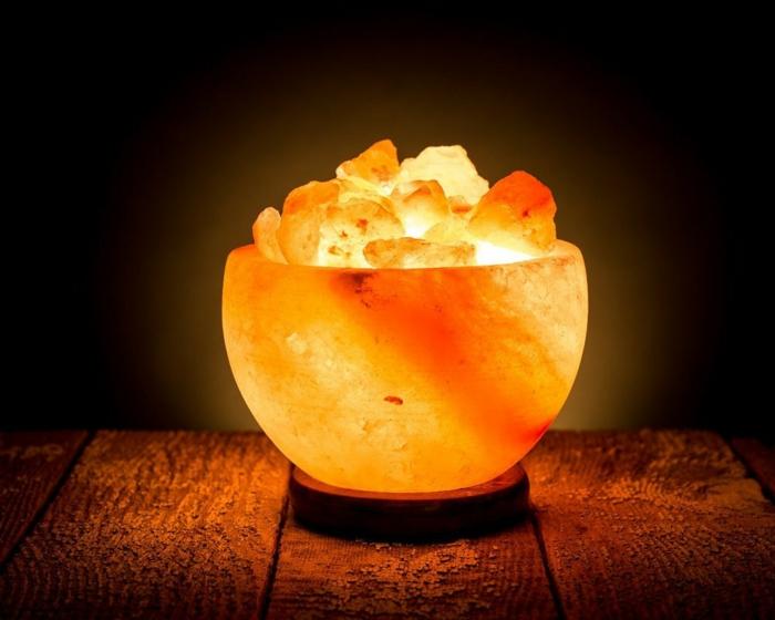 salzkristalllampe himalaya salz schale leuchte gesunde wirkung