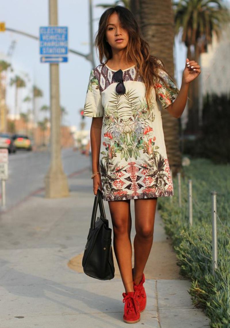 schöne Sommerkleider Damen kurzes Blumenkleid Sommermode