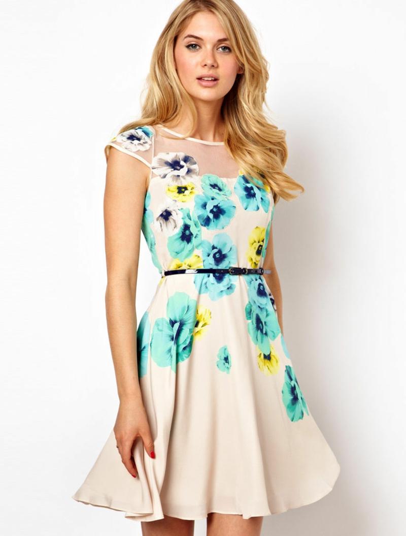 schöne Sommerkleider kurz Blumenkleider mit Gürtel Sommermode